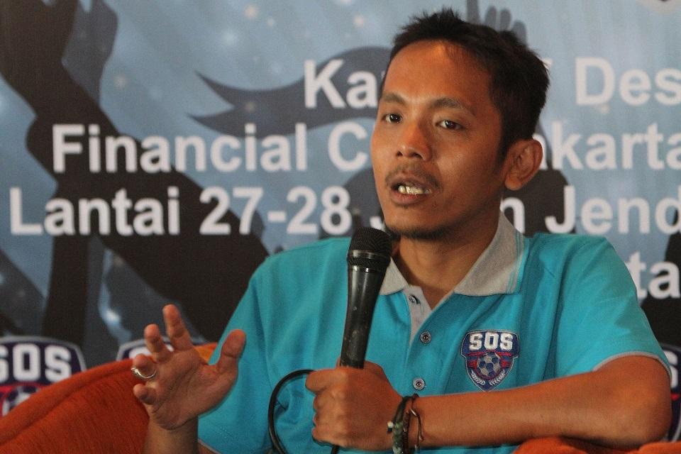 Akmal Marhali Ketua Save Our Soccer
