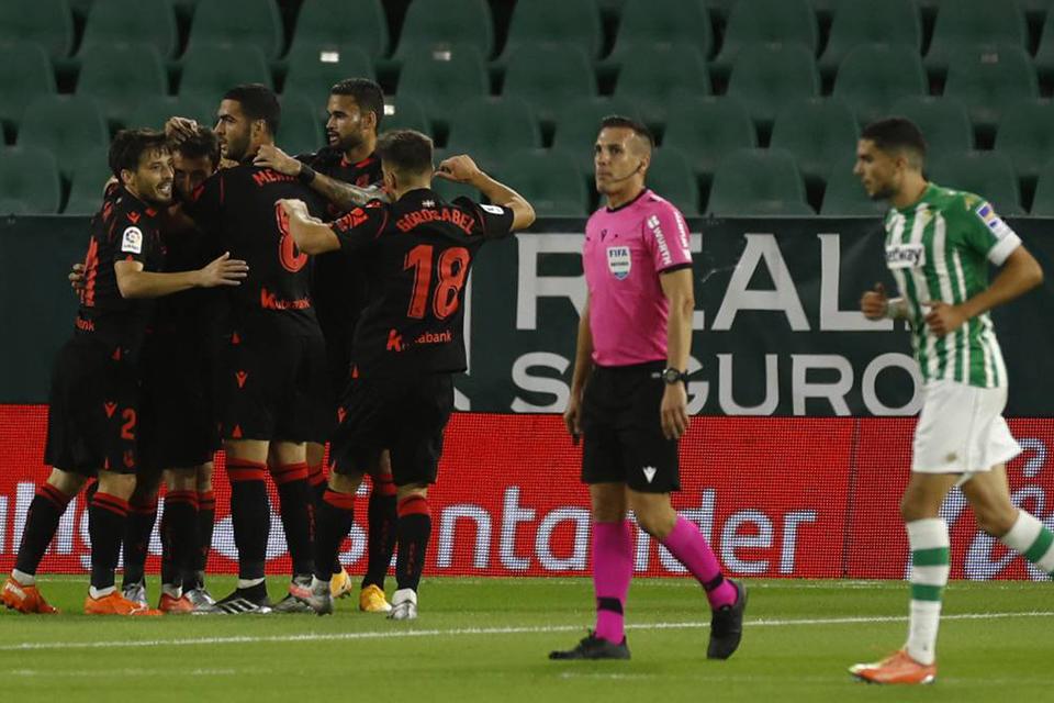 Bantai Real Betis 3-0, Sociedad Geser Madrid Dari Puncak Klasemen