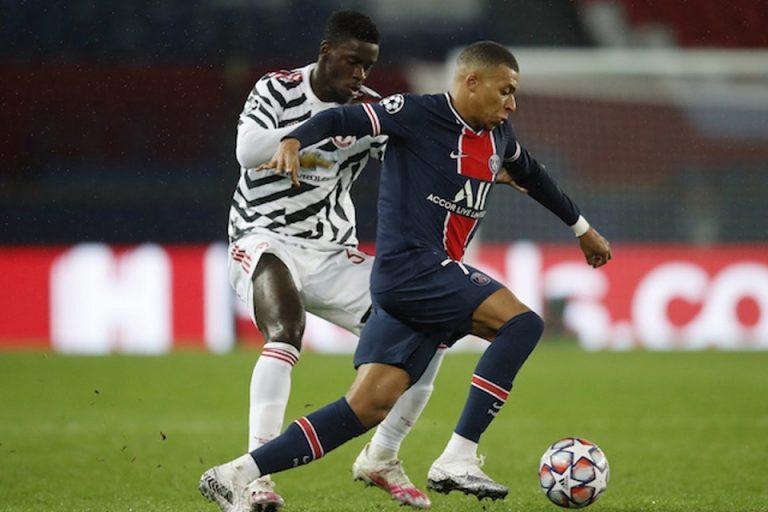 Giggs Sarankan Man United Beri Waktu Main Lebih Kepada Axel Tuanzebe