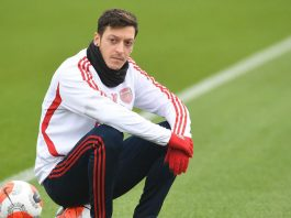 Namanya Tidak Masuk Skuad Arsenal, Ini Pesan Menyentuh Mesut Ozil