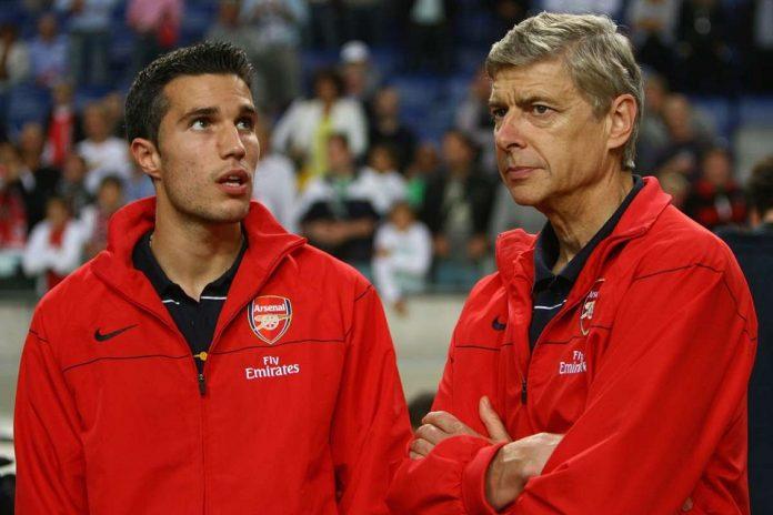 Kisah Van Persie, Wenger: Kami Terpaksa Melepasnya dan Menolak Kepulangannya