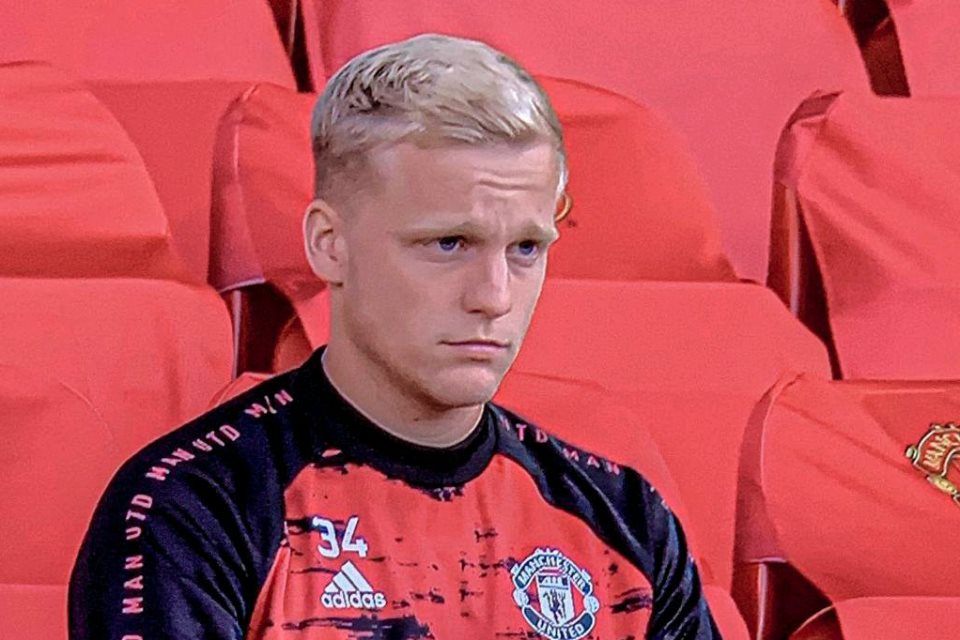 Van de Beek Kesulitan di MU, Ini Pendapat Pelatih Ajax