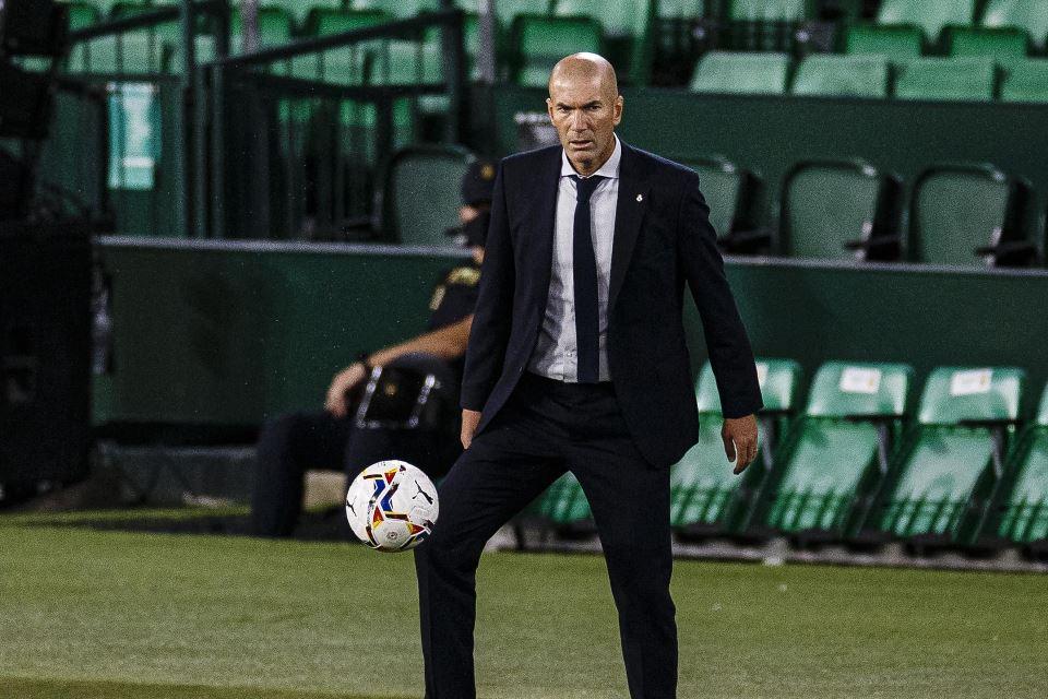 Zidane Enggan Korbankan Toni Kroos Dan Modric Demi Houssem Aouar