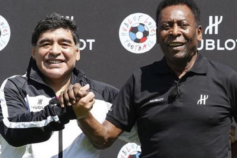 Kenang Rivalitasnya Dengan Maradona, Pele: Semoga Kami Bisa Main Bola di Surga