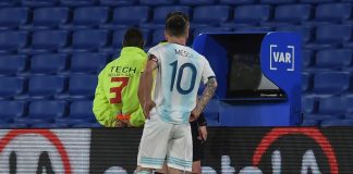 Argentina Messi VAR
