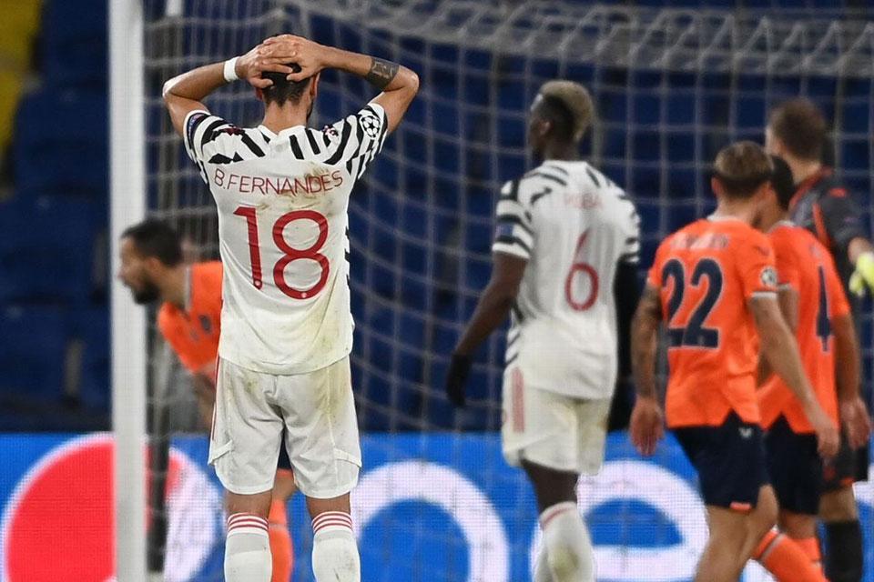 Kalah 2-1 di Markas Istanbul, Bruno Fernandes Sebut Penampilan MU Sangat Memalukan