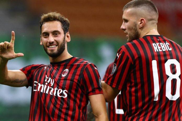 Milan Hakan Man United