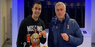 Mourinho Traktir Reguilon Daging Paha Babi