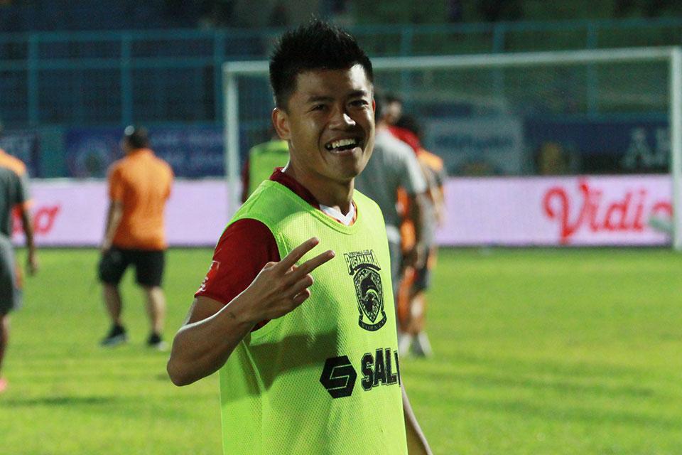 Selain Sepakbola, Jepri Kurniawan Juga Hobi Memancing