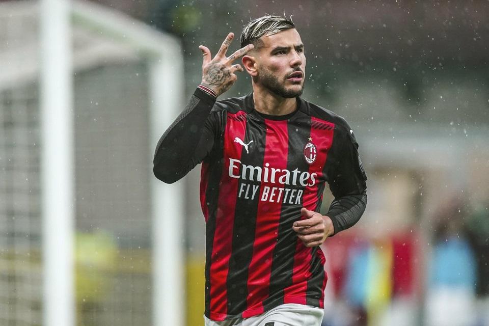 Gol Dramatis Theo Hernandez Atas Lazio Kokohkan Milan di Puncak