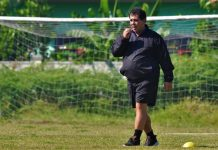 Dua Bulan Jelang Komtrak, Pelatih Arema Banjir Tawaran