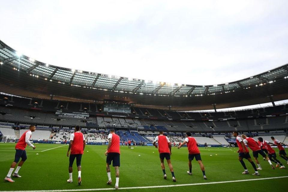 Covid-19 Melonjak, Premier League Terancam Dihentikan 2 Pekan
