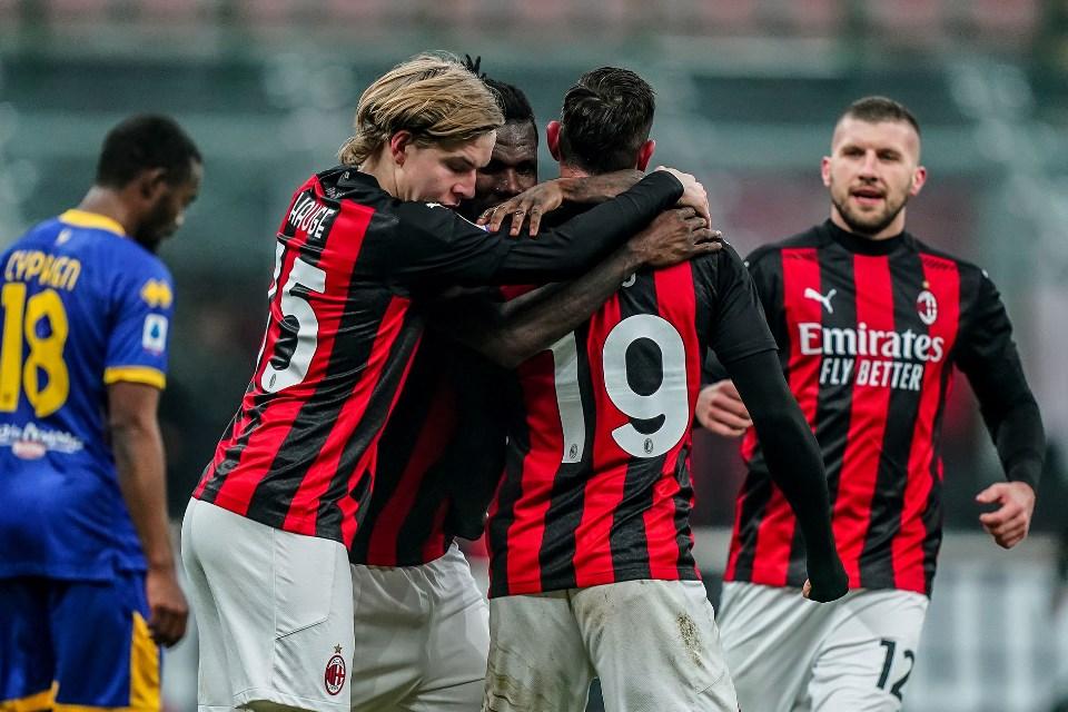 Dua Gol Theo Hernandez Selamatkan AC Milan Di San Siro