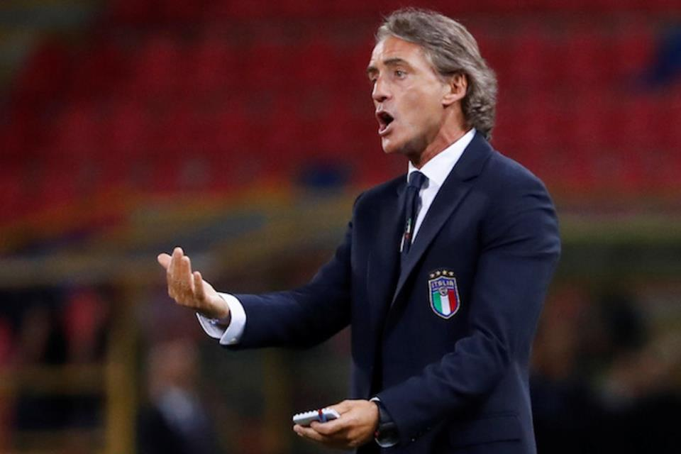 Mancini: Anda Tak Bisa Membandingkan Federico Chiesa dengan Ayahnya!