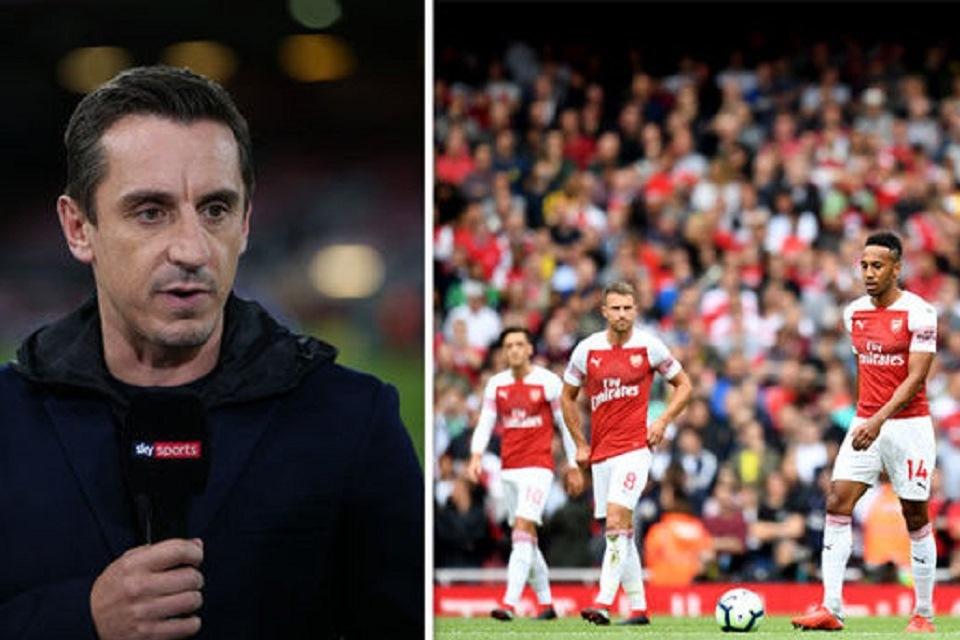 Neville Geram Lihat Buruknya Pertahanan Arsenal Lawan Spurs