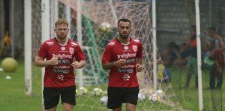 Teco Bersyukur Dua Pemain Andalannya Bertahan