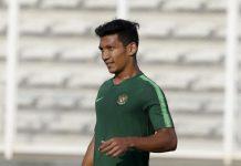 Gelandang Bhayangkara FC, Teuku Muhammad Ichsan sedang menjalani latihan bersama Timnas Indonesia