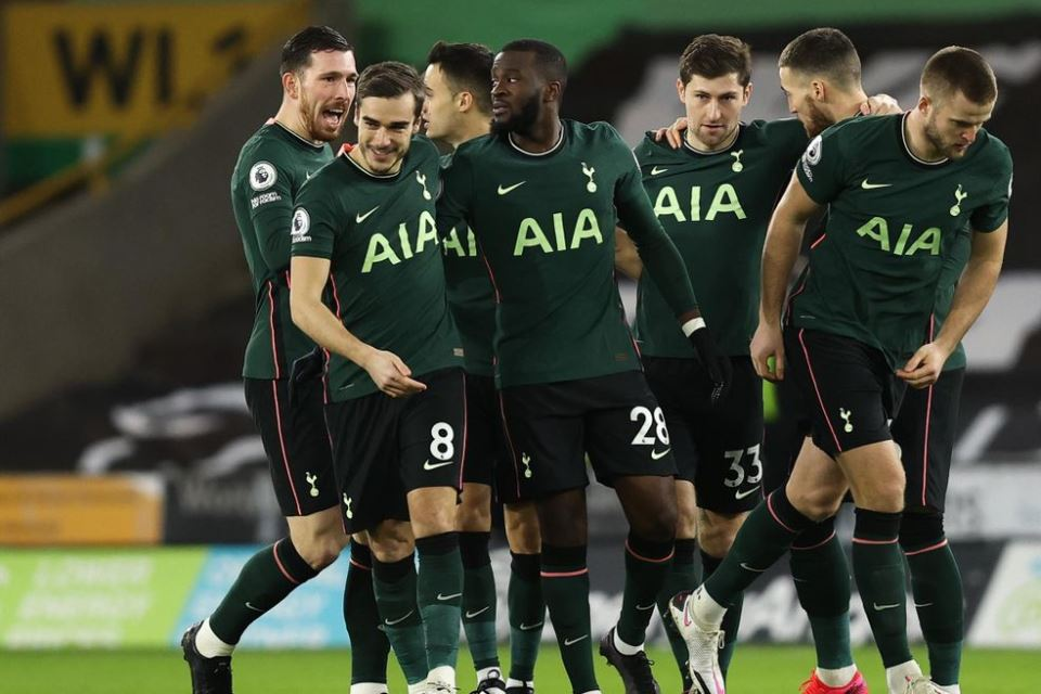 Sutton: Tottenham Tak Bakal Juara Premier League!