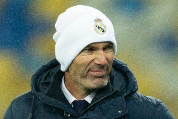 Apapun yang Terjadi, Zidane Tak Bakal Mengundurkan Diri