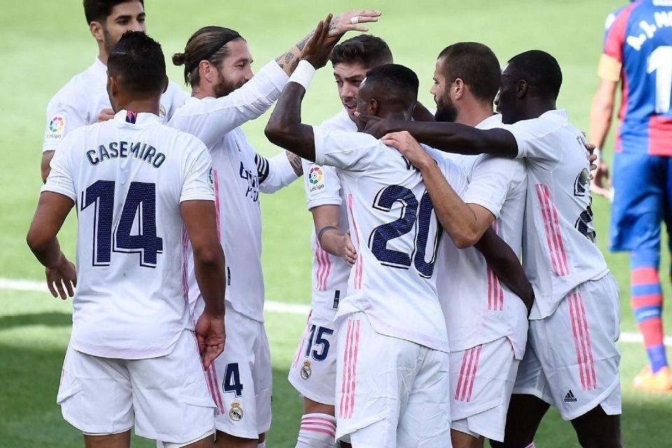 Lima Pemain Madrid Berulah, Ruang Ganti Los Blancos Memanas