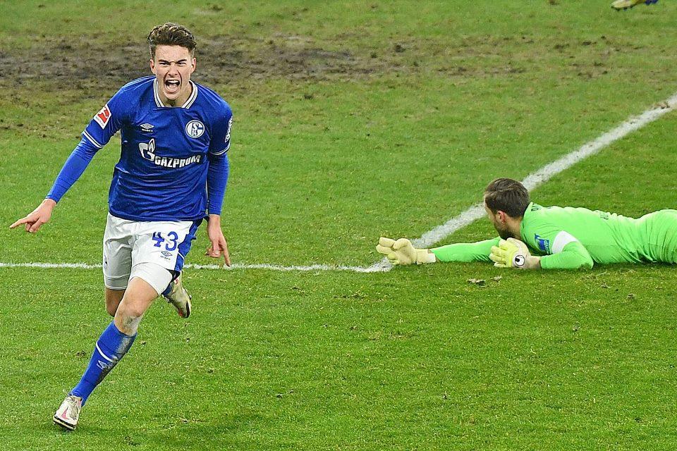 Asamoah sebut Matthew Hoppe Bisa Memicu Kualitas Pemain Muda Schalke