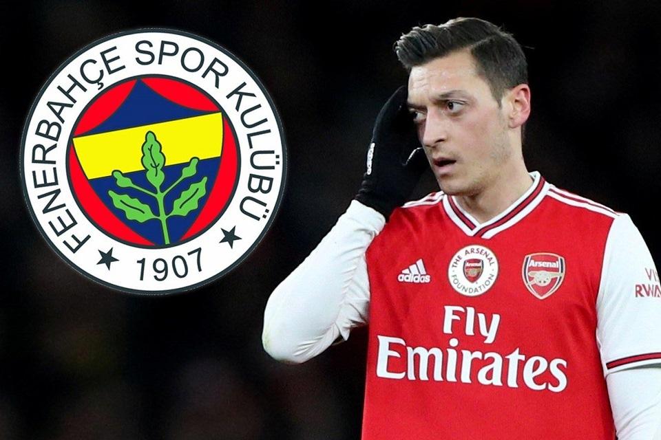 Demi Penuhi Janji Pada Ibunya, Ozil Segera Merapat ke Fenerbahce?