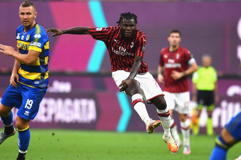 Kessie Tegaskan Milan Hanya Targetkan Lolos ke Liga Champions, Bukan Scudetto
