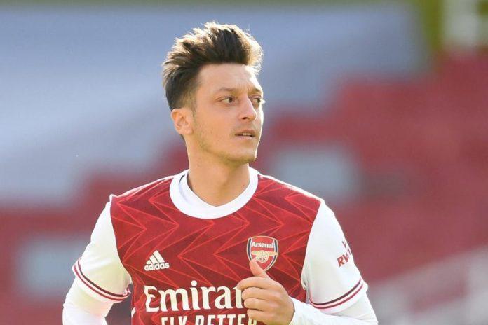 Kini Terpinggirkan, Ozil Mengaku Tak Menyesal Berseragam Arsenal