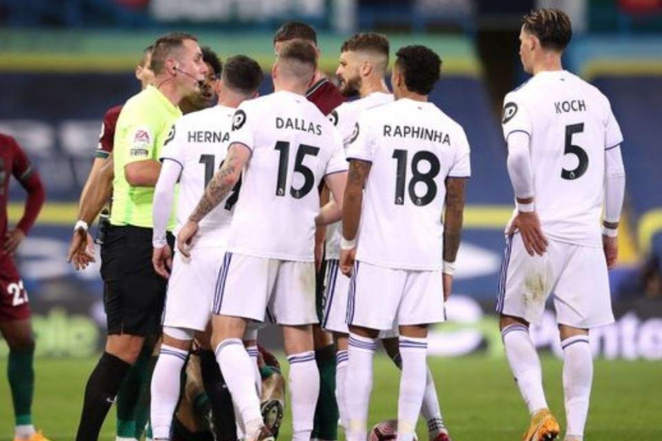 Leeds United Terarik Datangkan Dua Pemain Fiorentina Sekaligus!