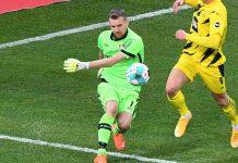 Kiper Leverkusen Sambut Kemenangan Spesial