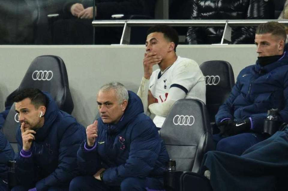 Masa Depan Delle Alli Terus Digantung Mourinho