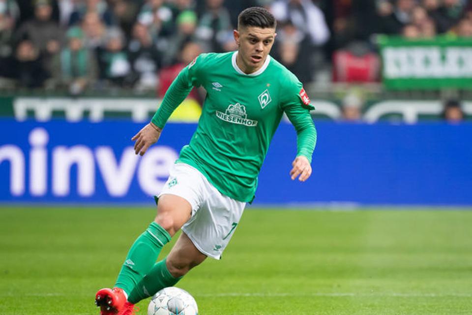 Pelatih Bremen Tidak Minat Lepaskan Gelandang Potensial