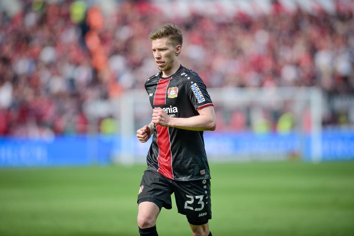 Leverkusen Laporkan Mitchell Weiser Akan Absen Beberapa Pekan