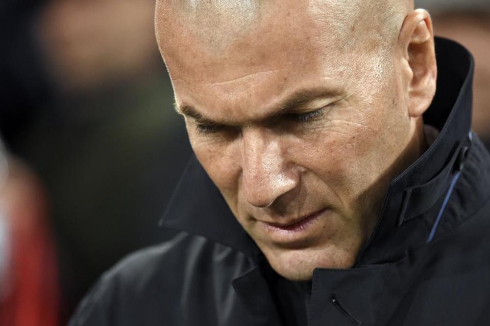 Posisinya Terancam, Zidane Lihat Beberapa Hari ke Depan