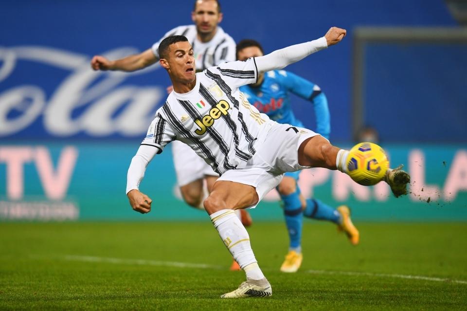 Resmi! Ronaldo Jadi Pemain Tertajam Sepanjang Sejarah Sepakbola Dunia