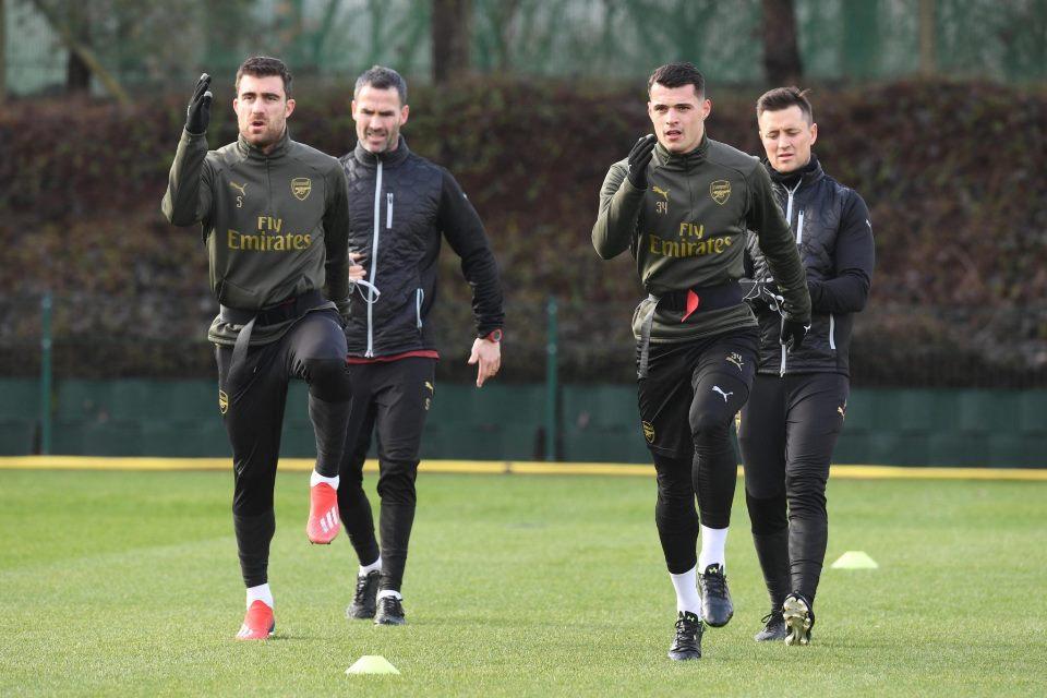 Selain Ozil, Ada Pemain Arsenal Lain yang Siap Main di Fenerbahce