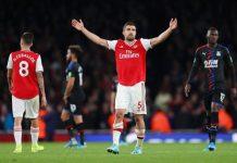 Putus Kontrak Dengan Arsenal, Sokratis Segera Ke Stuttgart?