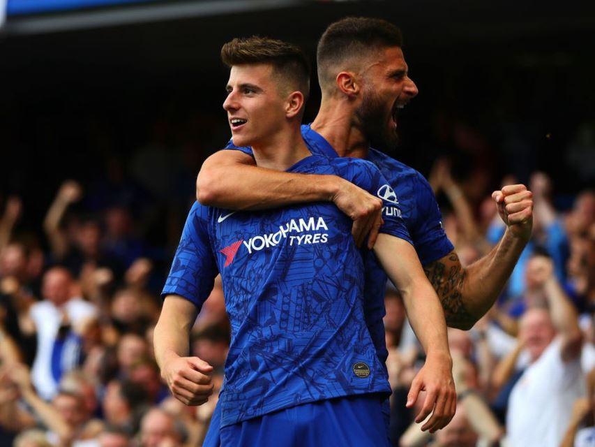 Teladan Buat Pemain Muda, Giroud Diharapkan Bertahan Di Chelsea