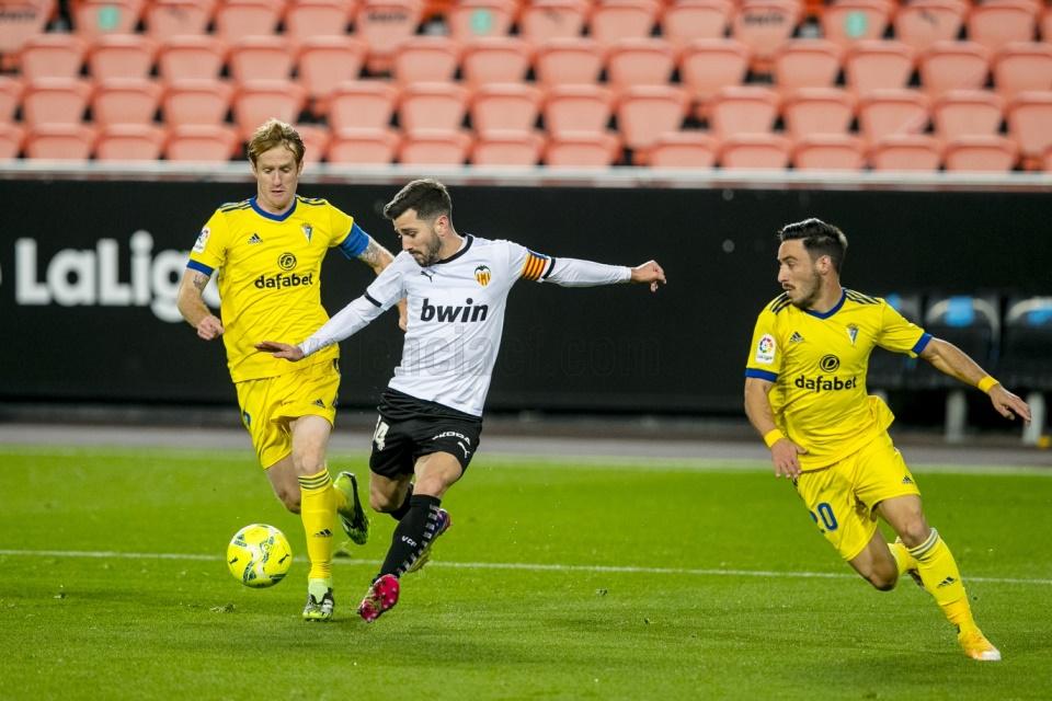 Gol Telat Maxi Selamatkan Valencia dari Kekalahan