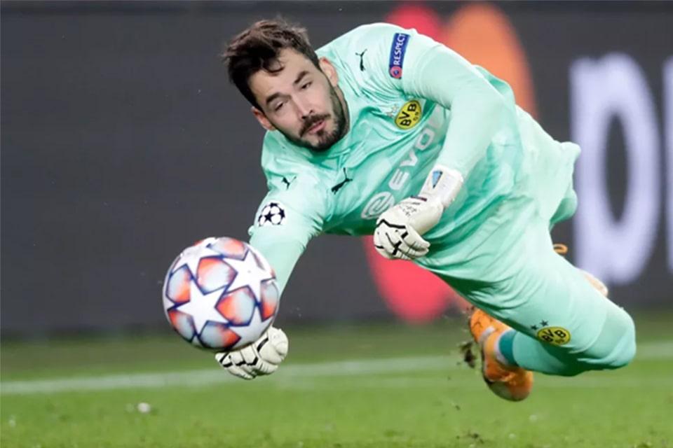 Dortmund Mencari Pengganti Roman Burki