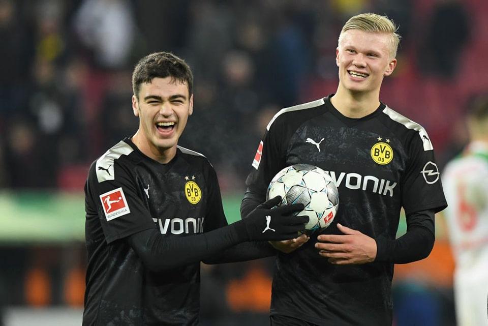 Manchester City Berniat Datangkan Duo Dortmund