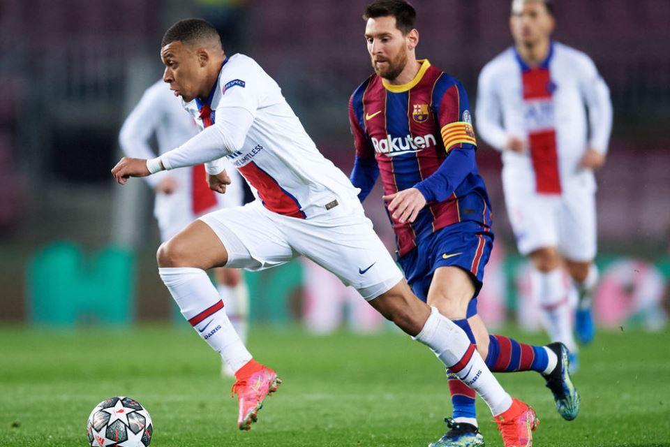 Haruskah PSG Jual Mbappe Demi Datangkan Messi?