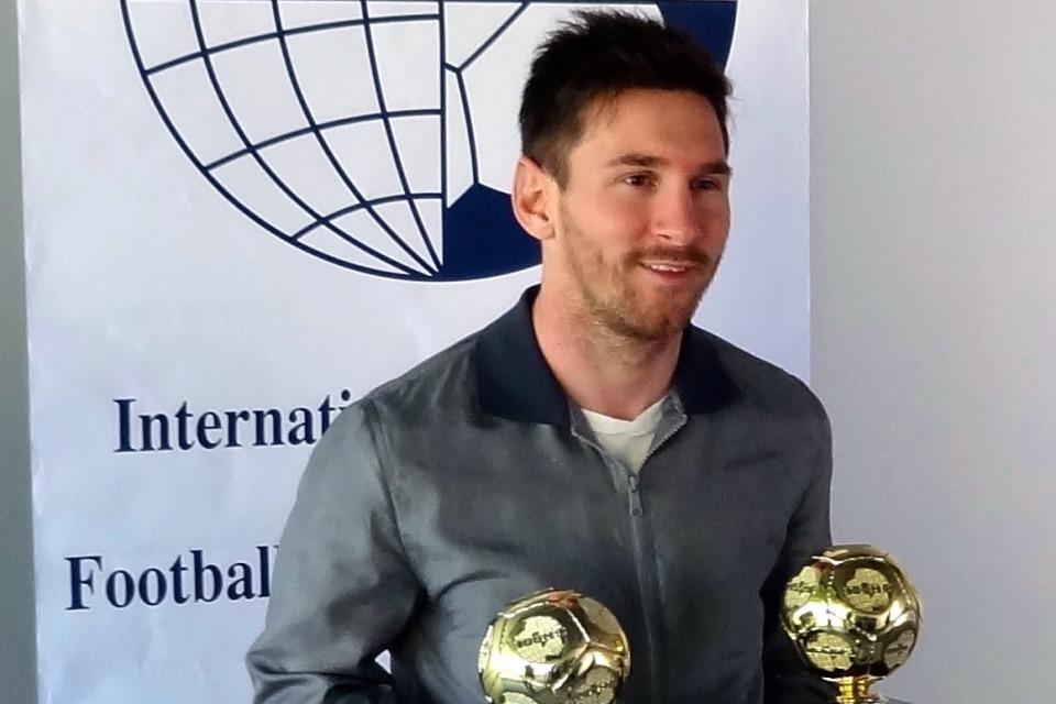 Messi Resmi Jadi Pesepakbola Terbaik dalam 10 Tahun Terakhir