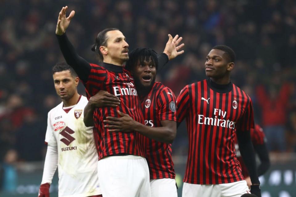 Suka Tidak Suka, Ibrahimovic Harus Pensiun Di AC Milan