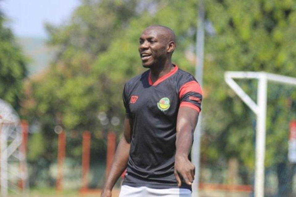 Persebaya Lepas Bek Kamerun dan Tiga Pemain Lainnya