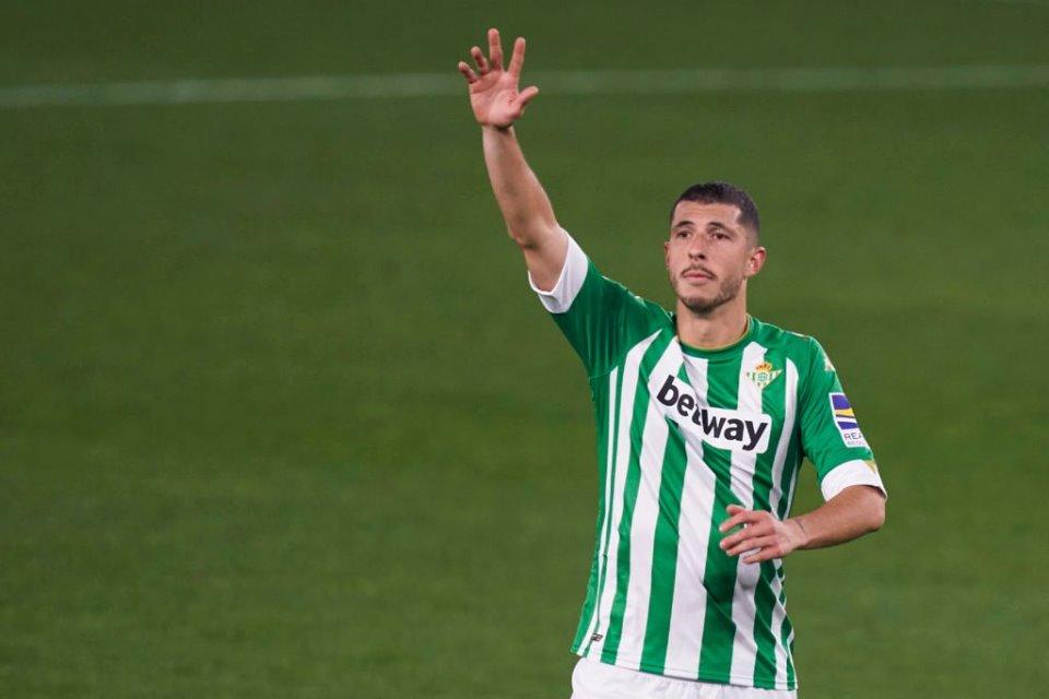 Arsenal Gigit Jari, Guido Rodriguez Pastikan Bertahan Di Real Betis