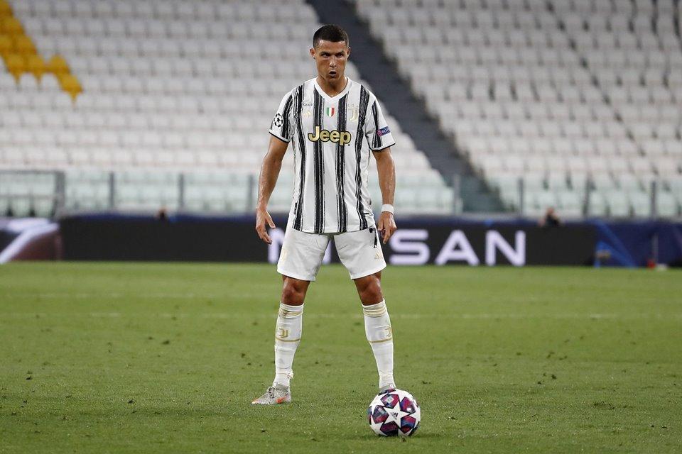 Free Kick Ronaldo Tak Efektif Lagi, Pirlo: Dia Latihan Terus