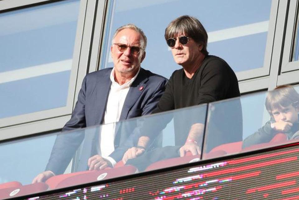 CEO Bayern Sudah Gila Jika Melepas Flick
