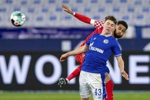 Pelatih Schalke Tidak Harap Keajaiban Dari Hoppe