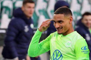 Perjalanan Panjang Dortmund Datangkan Bek Wolfsburg